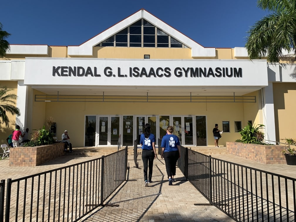 Americares has been providing clinical and MHPSS services daily at the Kendal Isaacs Gymnasium Shelter in Nassau, The Bahamas since it opened.