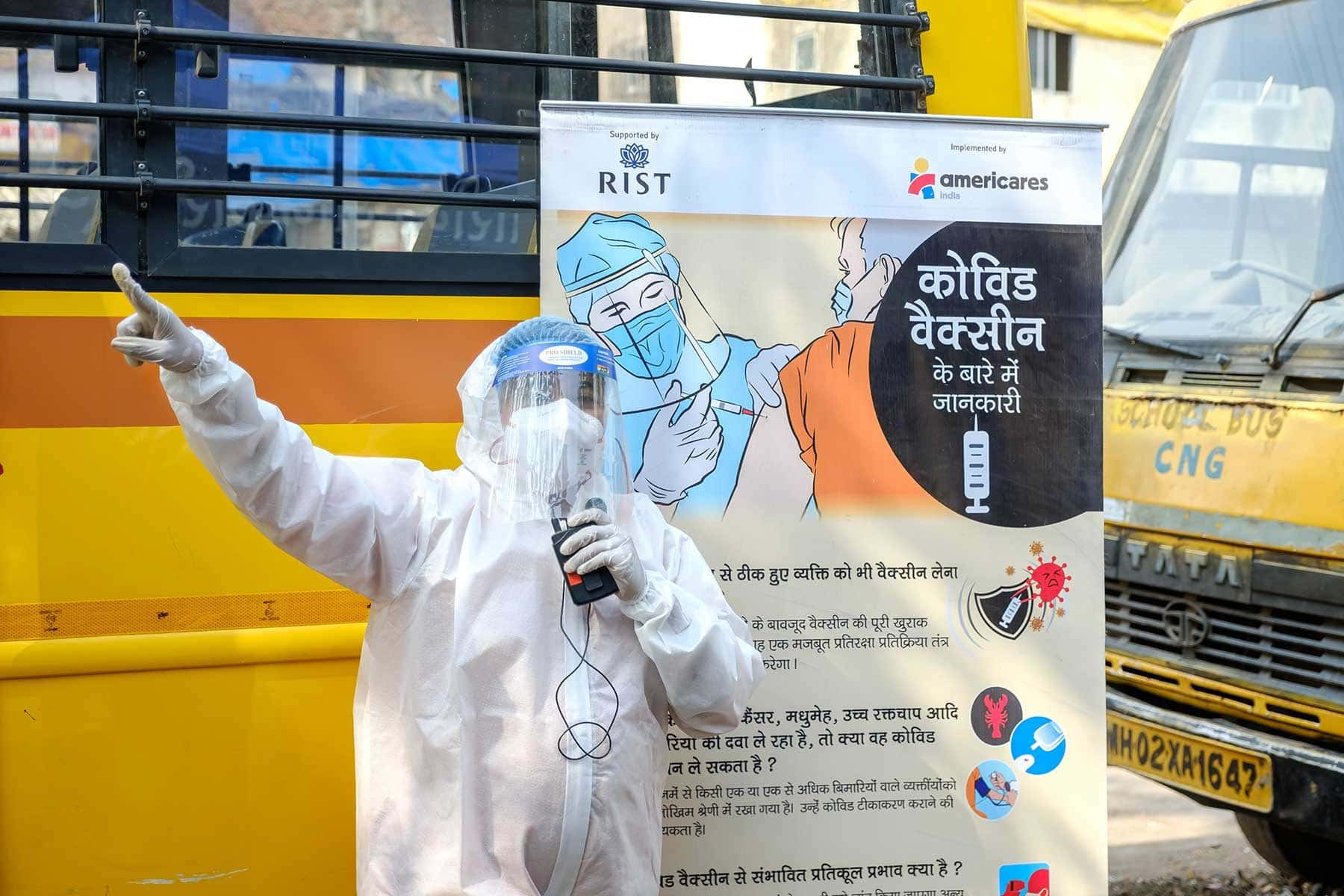 An Americares India staff member educates community members in Mumbai about the importance of COVID-19 vaccination in March. Photo courtesy of Americares India