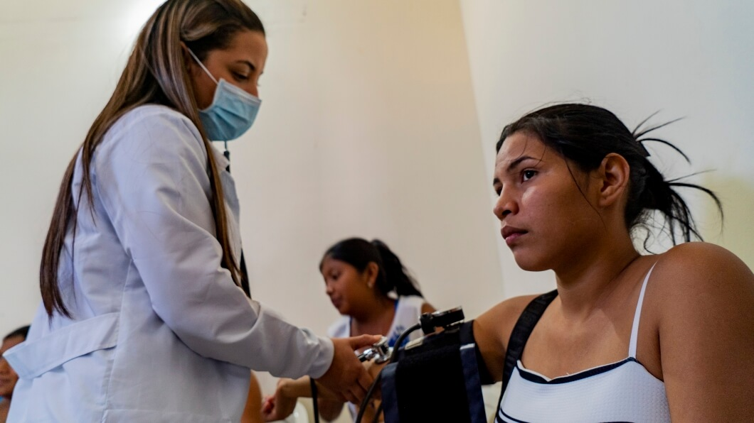 A patient receives treatment at an Americares emergency medical clinic in La Guajira, Colombia. Photo by Pedro Samper/Americares.