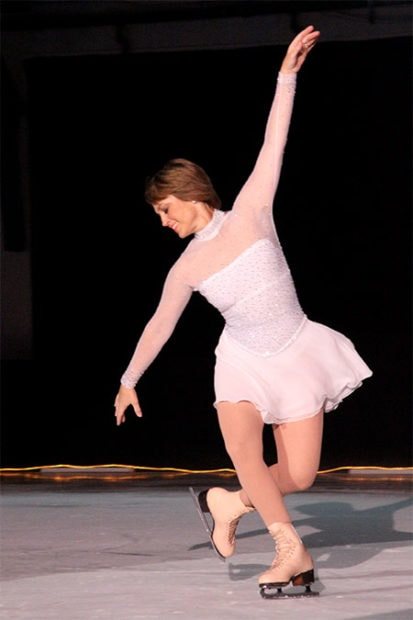 Dorothy Hamill at a 2010 performance. Credit to Amy Krut.