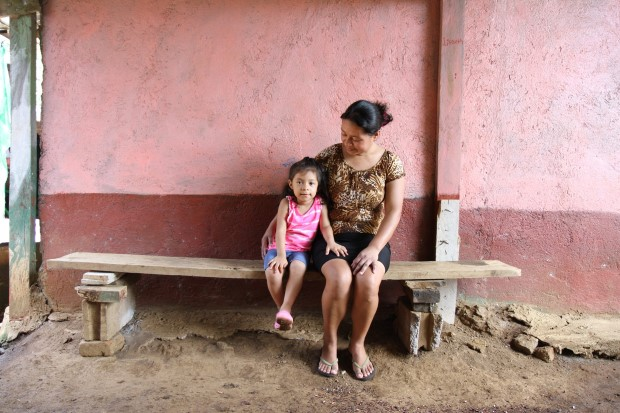 Mother and Daughter, El Salvador