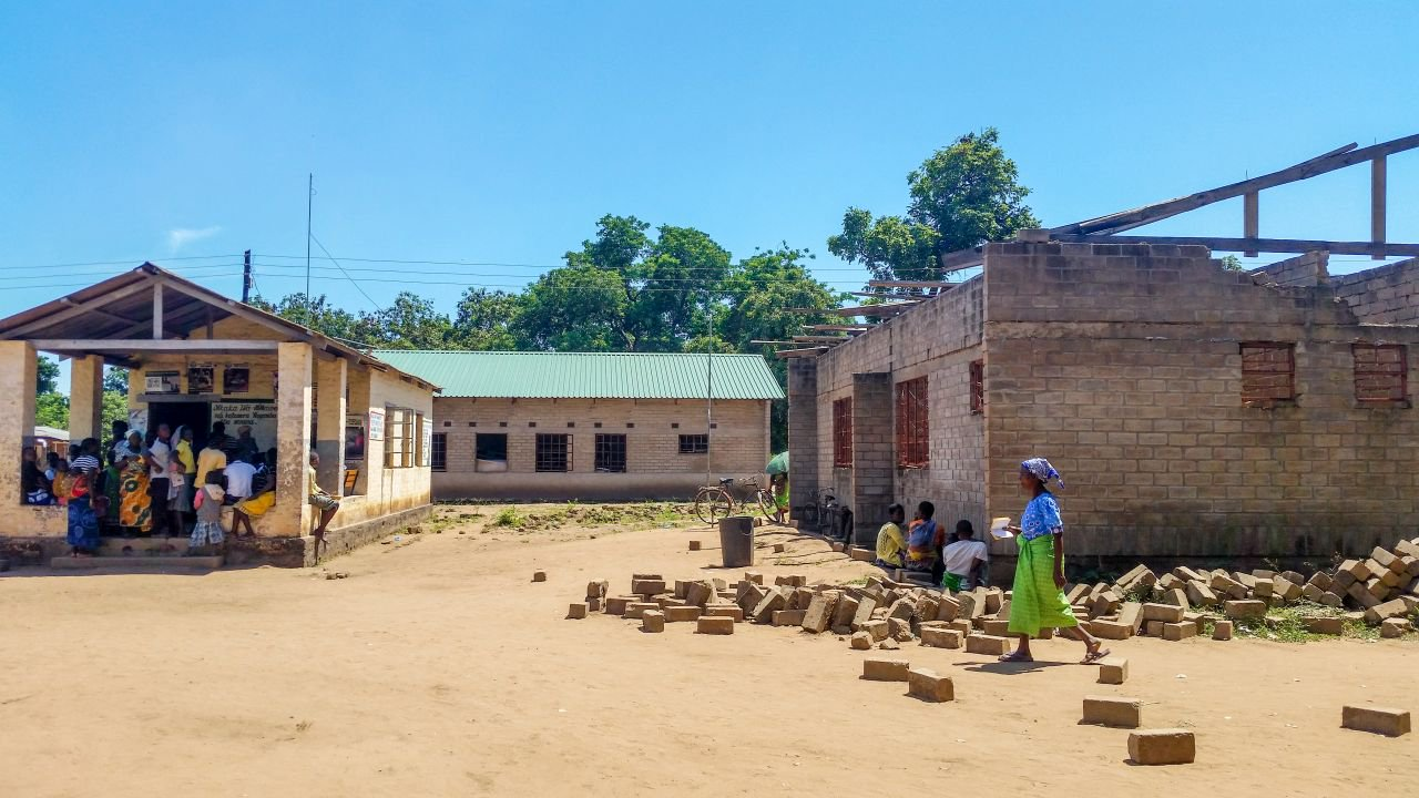 Malawi Clinic in African Parks partnership