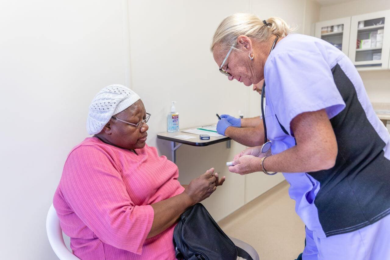 ollowing Hurricane Michael, which took the Florida panhandle by surprise in October, Americares set up a temporary clinic in Panama City to provide care to survivors when area health facilities were closed due to damage.